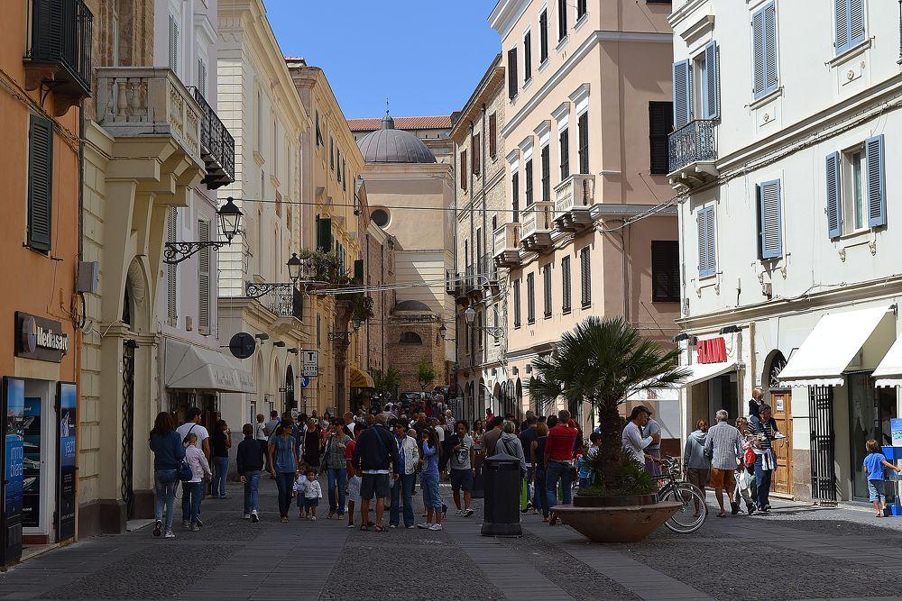 Alghero - Piazza Civica - největší a nejhezčí náměstí