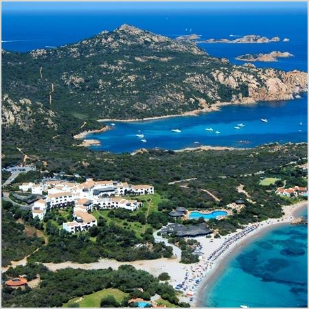 Costa Smeralda - fotopauza s výhledem na ostrovy Sofi a Mortorio
