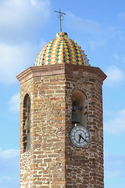 Castelsardo - zvonice katedrály San Antonio Abate