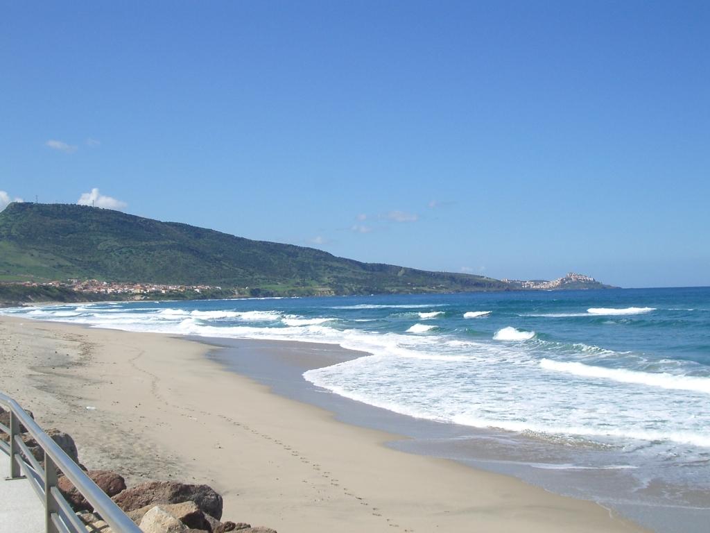 Pláž u prázdninového městečka La CIaccia