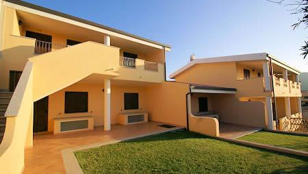 Ubytování Solevacanze - veliké apartmány se 3 mi ložnicemi, klimatizací, kuchyní, 2 koupelnami určené pro 4 až 6 osob