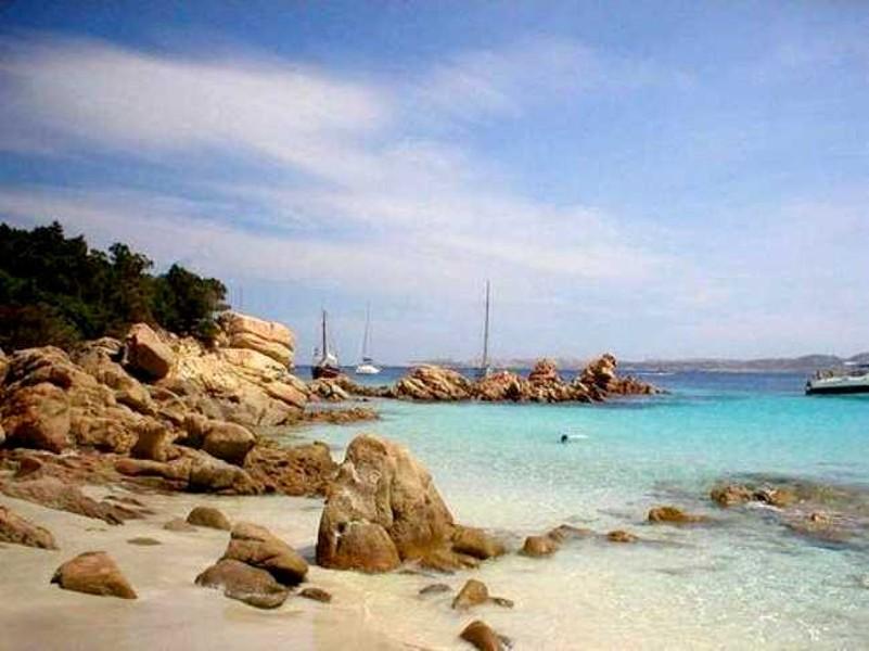 výlet na ostrovy - zde koupání na ostrově Spargi